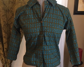 Vintage 1960s Novelty Travel Print Button Up Blouse