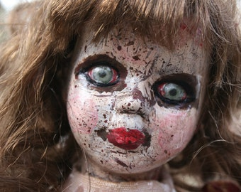 Izzy/ altered doll/  creepy doll/  gothic/ horror/ macabre / halloween