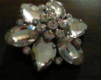 Beautiful rhinestone broach