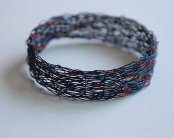 "Handmade Maroon and Blue Weaved Wire Bangle 8"""