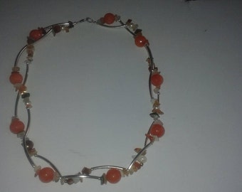 Parure in faceted stones chips and mother of Pearl