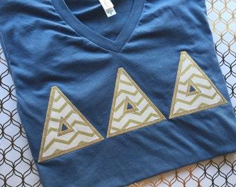 Greek Letter v neck Shirt , tri delta v neck, Kappa v neck, Theta v neck, Sigma Kappa v neck, Delta Zeta v neck, Delta Gamma v neck