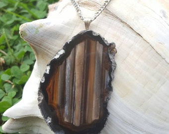 Geode pendant necklace / Brown and black authentic sliced geode