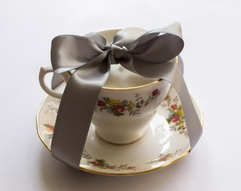 Unscented teacup candle