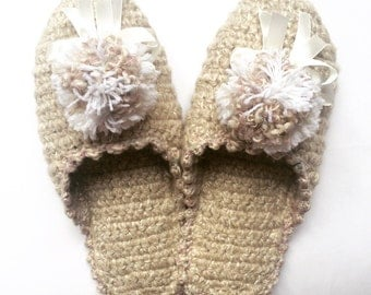 Slippers, slippers for home, knitted slippers, Pompons, crochet slippers, shoes for adults, women's slippers