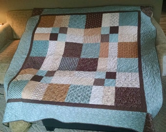 Pure and Simple Throw Size Quilt