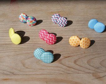 Ear studs ⋆ graphic fabrics buttons ⋆ 7 colours