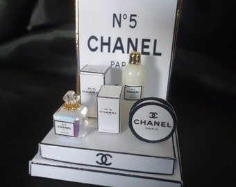 "Shop display ""Chanel"" 1/12th scale"