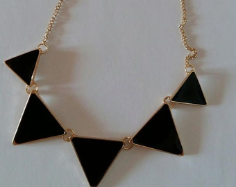 60% OFF!!! Triangle bunting necklace, geometric necklace, black triangles, black and gold necklace, bunting jewellery, elegant necklace