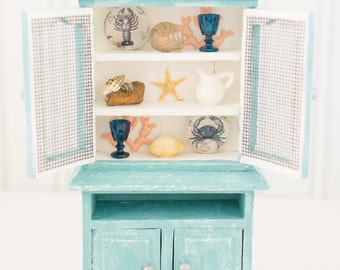 Beach House Cupboard Shabby Chic Hutch - 1:12 Dollhouse Miniature