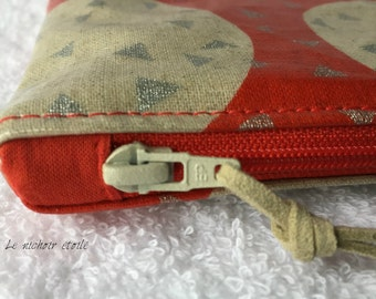Zippered laminated iPad linen and cotton Silver Foxes red case