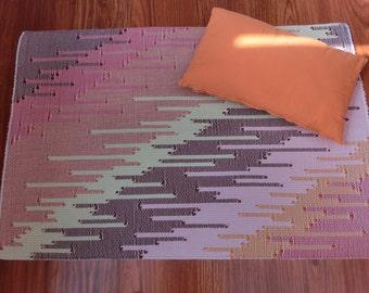 100% pure cotton cm diagonal pattern rug. 100 x 70