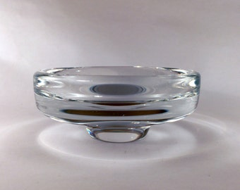 Crystal bowl by Nils Landberg for Orrefors