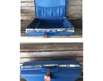 Vintage Samsonite Saturn Hardshell Suitcase, Travel Luggage, Luggage Tag, Bedroom Decor, Living Room Decor, Photo Prop, 1970's Retro