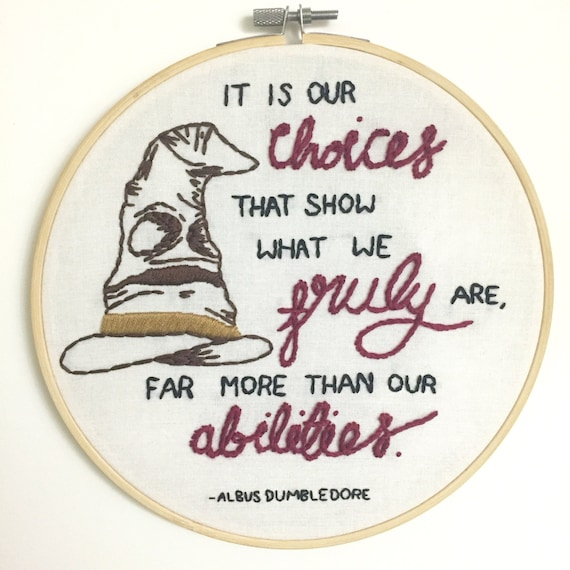 Sorting Hat Embroidery Hoop Art | Harry Potter Gift Guide