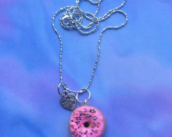 Donut necklace/ food jewelry/fake food jewelry/ donut jewelry/kawaii/ miniature food jewelry/ donut earrings polymer clay