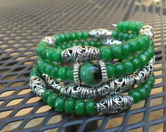 Natural Jade and sterling silver plated memory wire bracelet