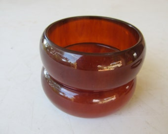 1950s Chunky and Wide Apple Juice BAKELITE Bangle Simichrome Tested