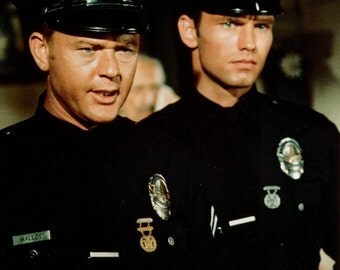 """Martin Milner (Malloy) and Kent McCord (Reed) In """"Adam-12"""" - 5X7 or 8X10 Publicity Photo (AA-149)"""