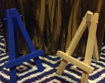 Mini Wooden Art Stand