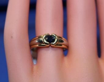 Elegant Hand-Made Solitaire Sapphire Engagement Ring 14kt Two-Tone Bezel Set Elegant and Understated | U1224