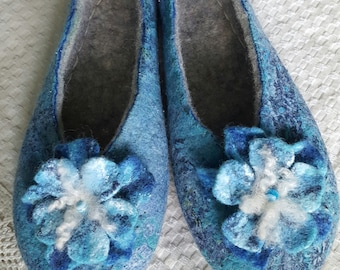"Felted slippers ""Serena"""