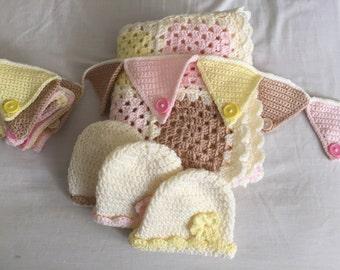 New baby crochet gift set.