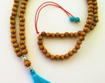 Wooden and Turquoise Howlite Mala Necklace- 108 + 1 beads Mala Necklace -Meditation Necklace Collar MALA de madera y howlita para meditación