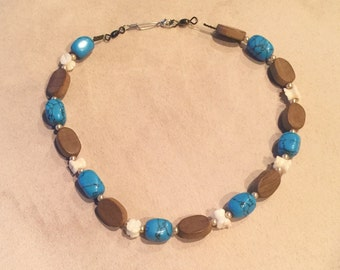 Sea shell carved necklace