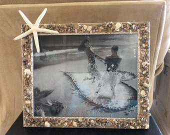 picture frame with real seashells