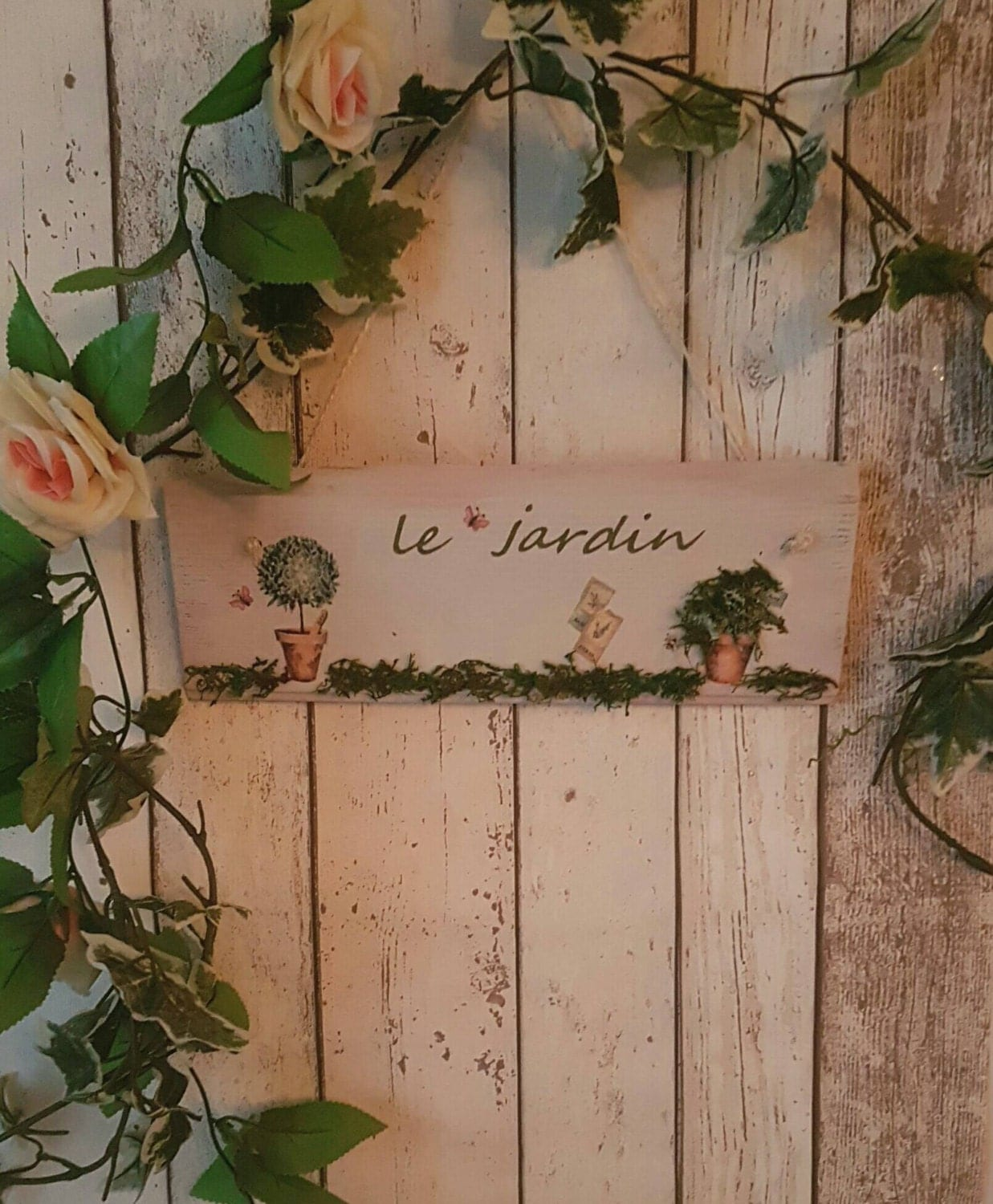 Rustic le jardin 3d shabby chic garden sign plaque decor for Decoration jardin shabby