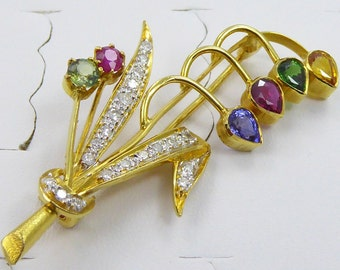 Antique 18k yellow gold brooch with Multi-Color Sapphire and 0.48ct single cut Diamond