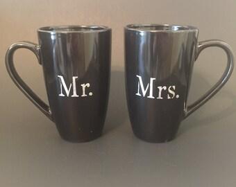 Mr. & Mrs. custom made coffee mug set