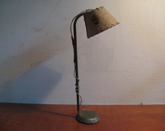 For the dollhouse: Mica lamp 1920 ...