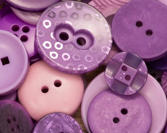 25g mixed button pack, green buttons, blue buttons, purple buttons, pink buttons, jewellery making, sewing supplies, haberdashery stock,