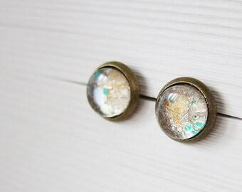 Golden glitter studs - Golden sparkle studs - Golden vintage studs - Golden galaxy studs - Golden glass cabochon studs - Golden 8mm studs