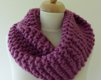 Hand Knitted Chunky Cowl / Scarve