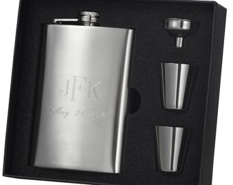 Flask Gift Set, Engraved Flask, Custom Gift Set, Shot Glasses, Monogrammed Flask Gift Set, Groomsmen Gift, Wedding Gift, Free Engraving