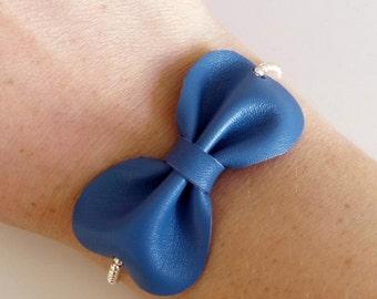 Bow blue leather bracelet