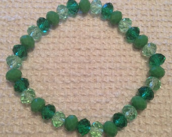 Poire (Green Handmade Beaded Bracelet)