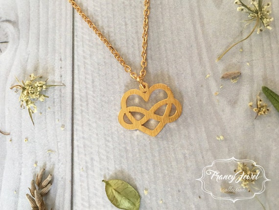 Heart infinity necklace, infinity necklace, heart necklace, gold necklace, love pendant, minimalist jewelry, wedding gift, bridesmaid gift