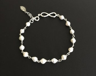 Fresh water pearls and sterling silver bracelet, White Fresh Water Pearl , Ready to ship, FREE SHIPPING
