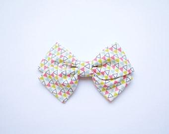 baby girl, toddler girl, medium triangle sailor bow