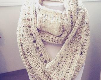 Eternity scarf / infinity, hook, made of acrylic
