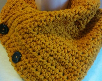 Women's Buttoned Cowl Scarf