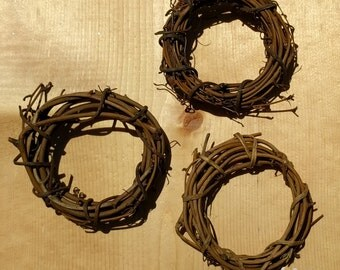 "Wreaths - Set of 6 Grapevine - 4"" - Wreath Supplies"