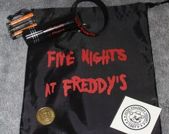 FNaF Foxy Repellent Flashlight Party Pack FIVE NIGHTS at FREDDYS