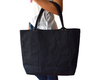Waxed Canvas Tote.Large Tote Bag With Pockets.Black Tote.Organic Canvas Bag.Utility Tote.Eco friendly.Travel Bag.Market Tote.Gifts for her