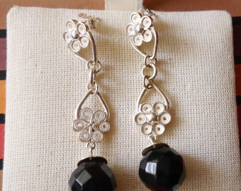 Flower Shaped Earrings  Peruvian Silver Filigree Hand Made, Black Stone