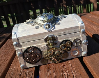 Pirate steampunk box with lock